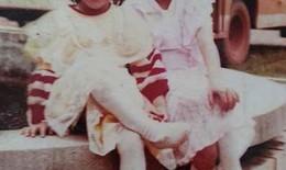 Mẹ Hồ Ngọc Hà tiết lộ ảnh thời nhỏ dễ thương của con gái
