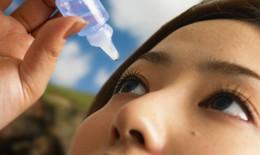 Tăng nhãn áp, giảm thị lực do dùng thuốc nhỏ mắt có corticoid
