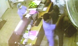 Phải xử lí nghiêm vụ tấn công nhân viên y tế