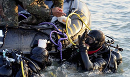 Thi thể vụ tàu đắm ám ảnh thợ lặn Hàn Quốc