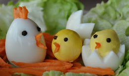 Những trường hợp không nên cho bé ăn trứng gà