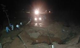 Vỡ đường ống nước Sông Đà, 70.000 hộ dân Hà Nội mất nước