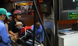 Giá xăng dầu bất ngờ đồng loạt tăng mạnh