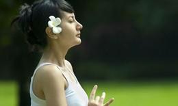 10 tư thế yoga đơn giản giúp giảm cân nhanh