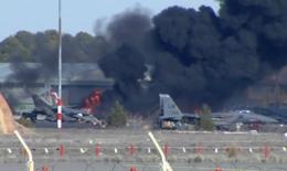 Chiến đấu cơ NATO rơi, 10 người chết