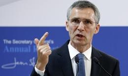 NATO: 'Không thể diệt IS chỉ bằng không kích'