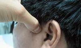 Bấm huyệt trị chứng hoa mắt, chóng mặt