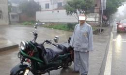 Nhà sư bị treo bằng lái vì điều khiển xe máy khi say xỉn