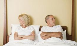 Cách hâm nóng hôn nhân nguội lạnh chăn gối