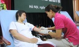 Cán bộ y tế chia sẻ dòng máu nghĩa tình vì người bệnh
