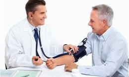 Cấy ghép răng cho người bị cao huyết áp