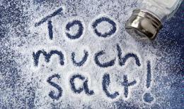 Ăn nhiều muối không tốt cho não