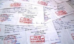 Phát hiện gần 1.000 giấy tờ giả để nhận tiền bảo hiểm xã hội