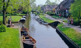 Những thành phố kênh đào đẹp nhất thế giới