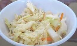 Tiếp tục theo dõi cập nhật thông tin về bắp cải muối gây ngộ độc