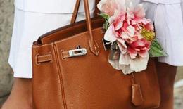 """7 cách """"làm đẹp"""" cho túi xách của bạn"""