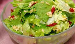 Salad rau diếp lợi tiêu hóa, an thần