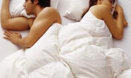 Suy giảm ham muốn tình dục: Xin đừng đổ lỗi cho thuốc và mệt mỏi!