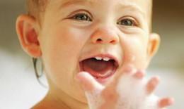 Chậm mọc răng có phải do còi xương?