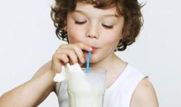 Sữa hữu cơ – lựa chọn tốt cho trẻ tăng trưởng