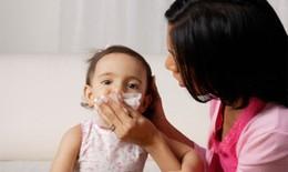 Mùa lạnh, làm gì để phòng bệnh cúm cho trẻ em?