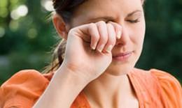 Điều trị đau mắt đỏ ở phụ nữ mang thai