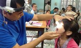Khám miễn phí cho trẻ khiếm thính Hà Nội