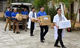 Khám chữa bệnh từ thiện cho người nghèo tại huyện Tương Dương, Nghệ An