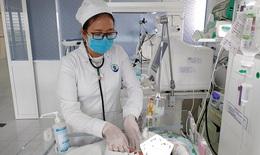 Phẫu thuật thành công bé 28 tuần tuổi viêm phúc mạc do thủng tạng rỗng