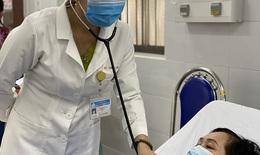 Người phụ nữ 70 tuổi, phình động mạch não cực khủng