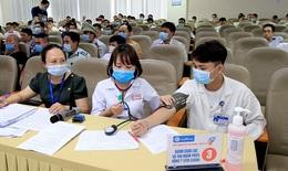 Bệnh viện lớn nhất miền Trung thực hiện tiêm phòng COVID-19