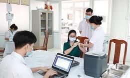 Phú Thọ tiêm vắc xin phòng COVID-19