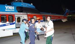Dùng trực thăng chuyển bệnh nhân tắc động mạch đùi từ Trường Sa vào đất liền cấp cứu trong đêm