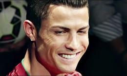 Siêu sao Ronaldo trình diễn thời trang