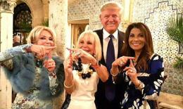 Thế giới xa hoa của những phụ nữ coi Trump là người hùng