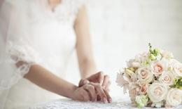 Hoa hồng cầm tay tuyệt đẹp cho cô dâu