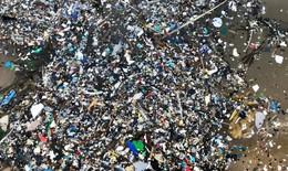 """Cơn bão """"rác thải"""" đại dương ở Anh"""