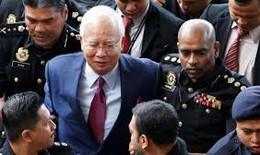 Cựu Thủ tướng Malaysia đối mặt với 21 cáo buộc rửa tiền