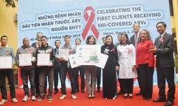 Những bệnh nhân HIV/AIDS đầu tiên điều trị bằng thuốc ARV từ BHYT