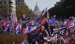 Những người ủng hộ ông Trump đổ xuống đường ở Washington D.C