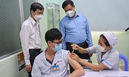 """TP.HCM cần thực hiện tốt """"5K + Vắc xin"""""""