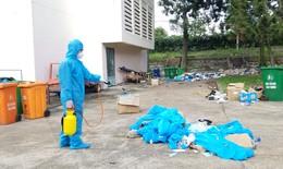 Xử lý môi trường tại khu cách ly Ký túc xá đại học Quốc gia TP.HCM