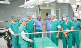 """PGS.TS.BS. Nguyễn Quang Tuấn - Ứng cử viên ĐBQH khóa XIV: Bác sĩ """"3H"""" của bệnh viện """"3TH"""""""