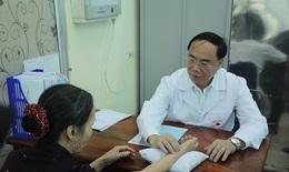 Theo chân thầy thuốc Học viện Y Dược học cổ truyền Việt Nam đến những vùng cao