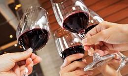 Vì sao rượu vang tốt cho vệ sinh răng miệng?