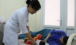 Cứu sản phụ vỡ tử cung do rau tiền đạo trung tâm, rau cài răng lược