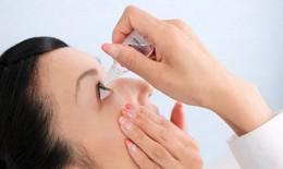 Vì sao dùng thuốc nhỏ mắt để nhỏ tai?