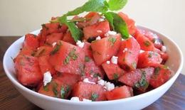 Thực phẩm giúp hạ nhiệt cơ thể