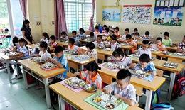 Lo ngại an toàn thực phẩm bữa ăn bán trú ở trường