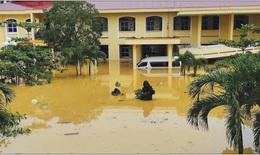 Nhiều cơ sở y tế ở Quảng Bình ngập sâu trong lũ